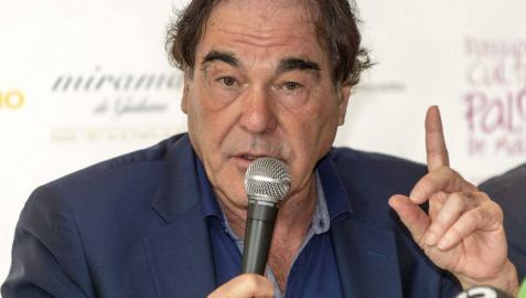 El director de cine estadounidense Oliver Stone.
