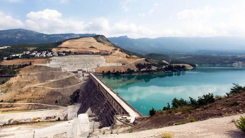 Yesa, los diques de Itoiz y el TAV copan el gasto del Estado en 2014