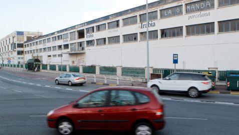 Ikea supedita su tienda a un vial con salida hacia Zaragoza y Pamplona