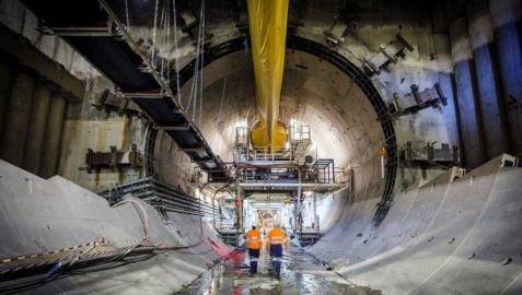 Acciona, ACS, FCC y Ferrovial, seleccionadas para pujar por el AVE entre Londres y Birmingham