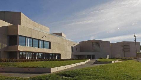 Los Reyes inauguran esta mañana el Museo Universidad de Navarra