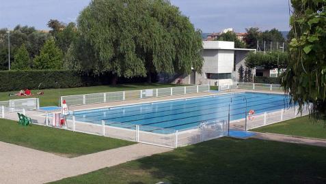 Detenido por robar en las taquillas de las piscinas de Mutilva