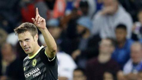 Azpilicueta renueva con el Chelsea hasta 2020