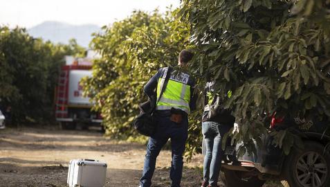 Fallecen dos personas en el accidente de una avioneta en Vélez-Málaga