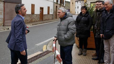 El alcalde y cinco concejales del Ayuntamiento de Egüés declaran ante la juez de Aoiz
