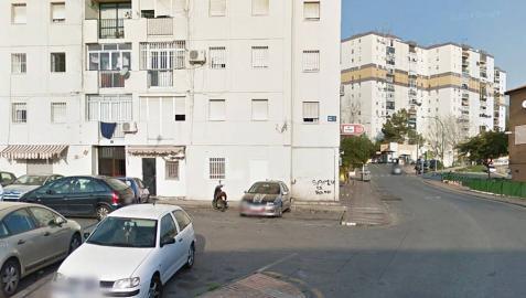 Herida una mujer con lesiones de arma blanca en una pelea ocurrida en Málaga