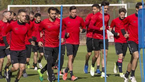 Steven o Márquez, centrales contra el Barça