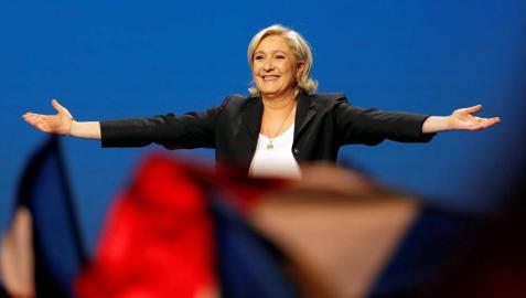 Le Pen plagia fragmentos de un discurso de Fillon