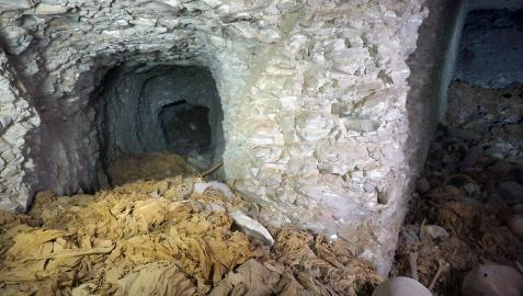 Un equipo español halla una tumba de la dinastía XI en Luxor