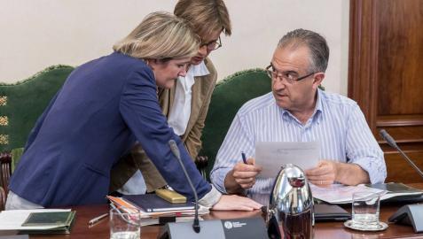 Pamplona aprueba tasas y precios para 2017 con la abstención de UPN