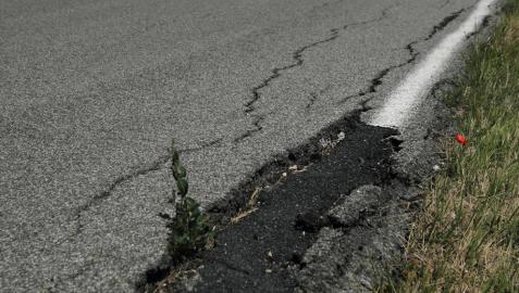 Las carreteras secundarias empiezan a sufrir la falta de inversiones