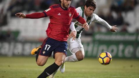 Satisfacción en los jugadores rojillos tras conseguir una buena victoria en Córdoba