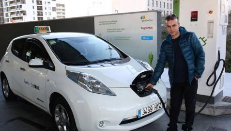 De veinte minutos hasta siete horas para cargar el coche eléctrico