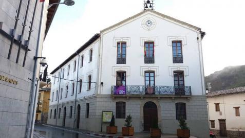 Aoiz trasladará las oficinas municipales a la planta baja del consistorio
