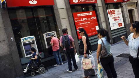 Los ahorros a plazos caen a mínimos de hace 20 años