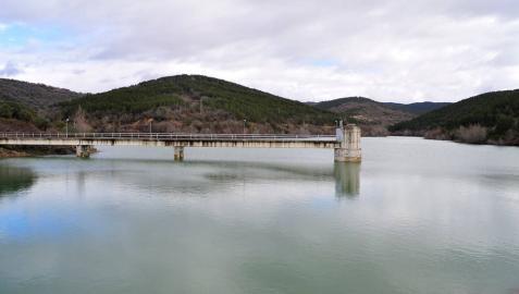 Mairaga deja de tomar agua del Canal al llegar el embalse al 100%