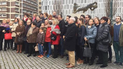 Concentración de la Asociación Navarra de Víctimas del Terrorismo en Pamplona