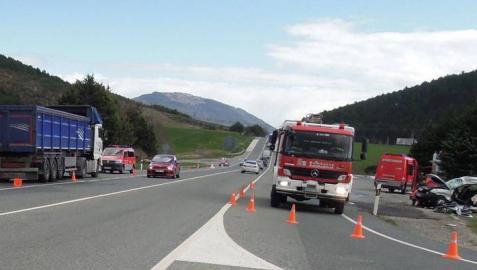 Fallece un vecino de Leitza tras colisionar con un camión en Iza