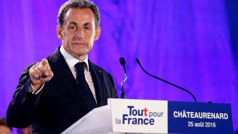 La entrada en campaña de Sarkozy no seduce a los franceses
