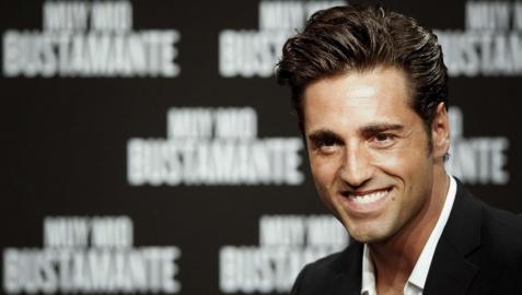 David Bustamante regresa con su nuevo single, 'Feliz'