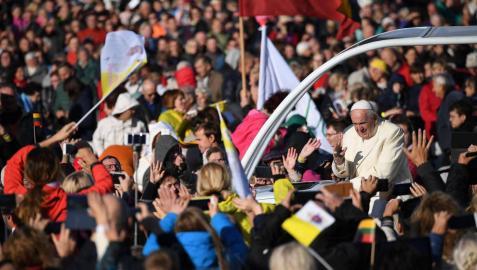 El recuerdo de represión soviética y nazi marca la visita del Papa a Lituania