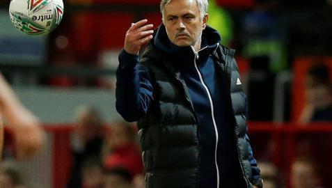 Mourinho quita la capitanía a Pogba pese a no haber
