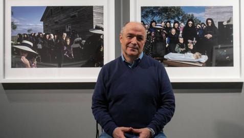El pamplonés Miguel Bergasa lleva al Museo UN su viaje con la comunidad menonita