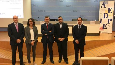 Aedipe Navarra y CEN abordan los retos de la Industria 4.0 en las relaciones laborales