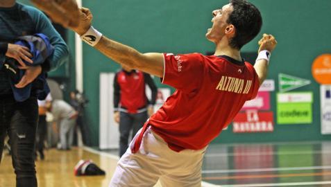 Altuna, primer finalista en el Navarra Arena