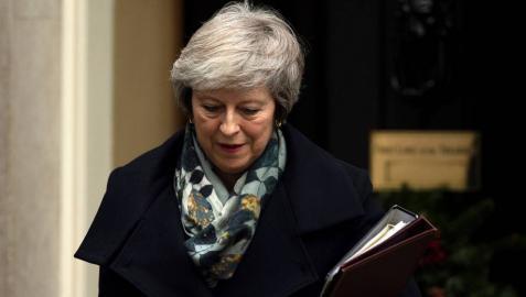 Theresa May reúne a su Gobierno para evaluar un 'brexit' sin acuerdo