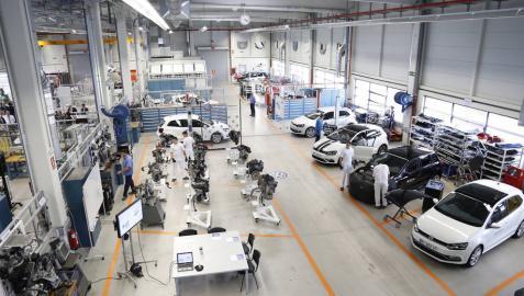 VW invertirá 1.000 millones y creará unos 450 empleos en Landaben hasta 2019