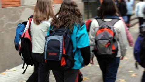 Crece la preocupación por menores que apuestan en horario escolar