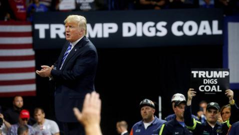 Trump, durante un mitin en Charleston.