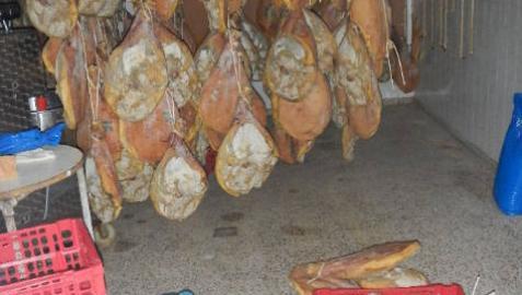 Dos detenidos en Estella por robar jamones en una carnicería