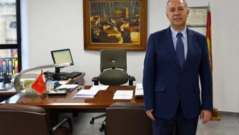 El director provincial de la Inspección de Trabajo y SS, Guillermo Dachary Pagola, en su despacho.