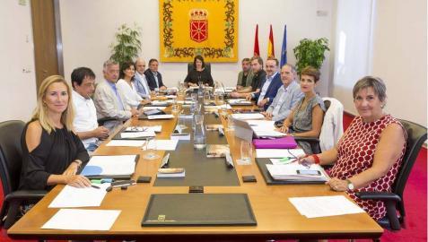 La Mesa del Parlamento foral rechaza la propuesta de investigar al rey emérito
