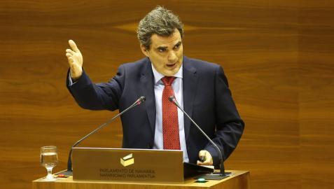 Guzmán Garmendia, portavoz de PSN en la comisión