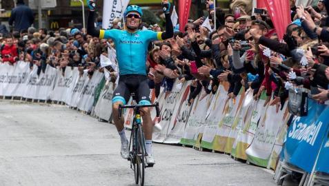 Luis León Sánchez gana la cuarta etapa del Tour de los Alpes