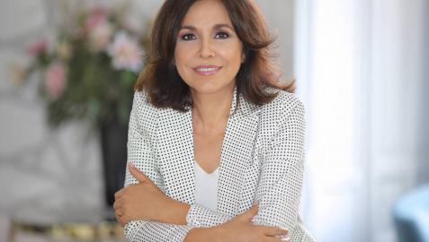 La periodista Isabel Gemio, de 58 años, ha presentado programas de televisión como 'Sorpresa, sorpresa' o 'Lo que necesitas es amor'.