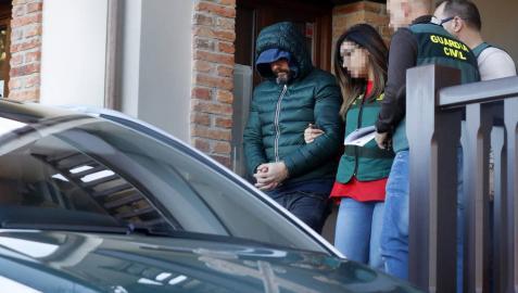 La Guardia Civil registrala casa del presunto inductor del crimen de Llanes