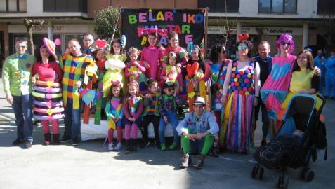 Lekunberri coge color en Carnaval