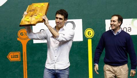 Javier Urriza reina en el remonte