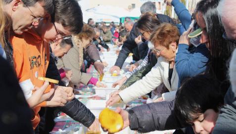 Más de 10.000 personas saborean la primera cata del aceite de Arróniz