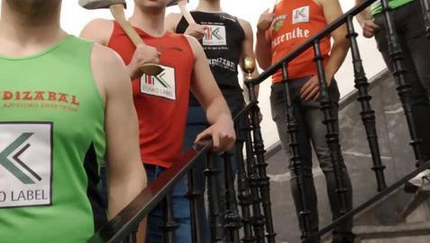 Los participantes en la final del Campeonato de Euskadi de Parejas, que se disputa este sábado.