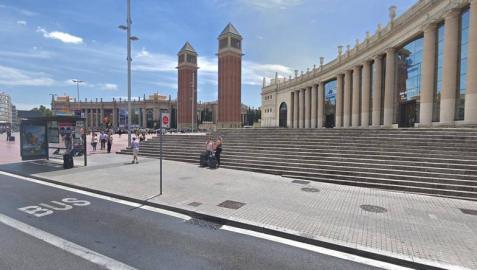 Rescatan a un niño que cayó a un foso de cuatro metros en Barcelona