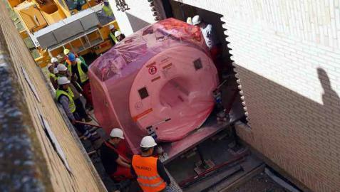 La nueva resonancia llega al hospital de Tudela y funcionará hacia junio