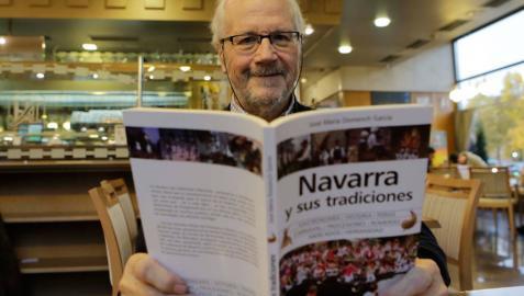 Muere el editor navarro José María Domench
