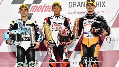 El japonés Toba estrena los podios con su triunfo en Losail