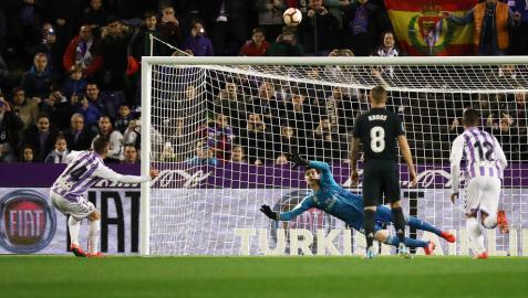 El Real Madrid golea tras sufrir en Pucela