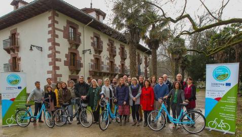 Bertiz acoge la reunión del Comité que trabaja por potenciar el uso de la bici